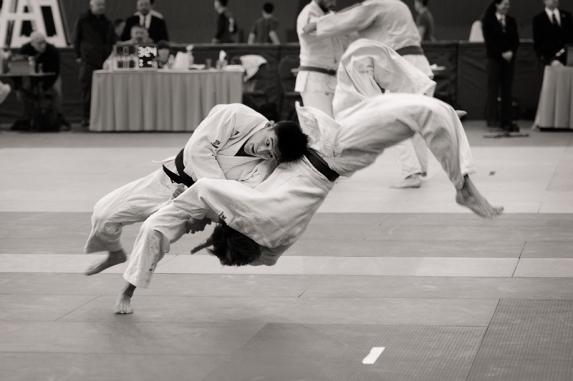 Shoulder-throw-3-Judo_4163